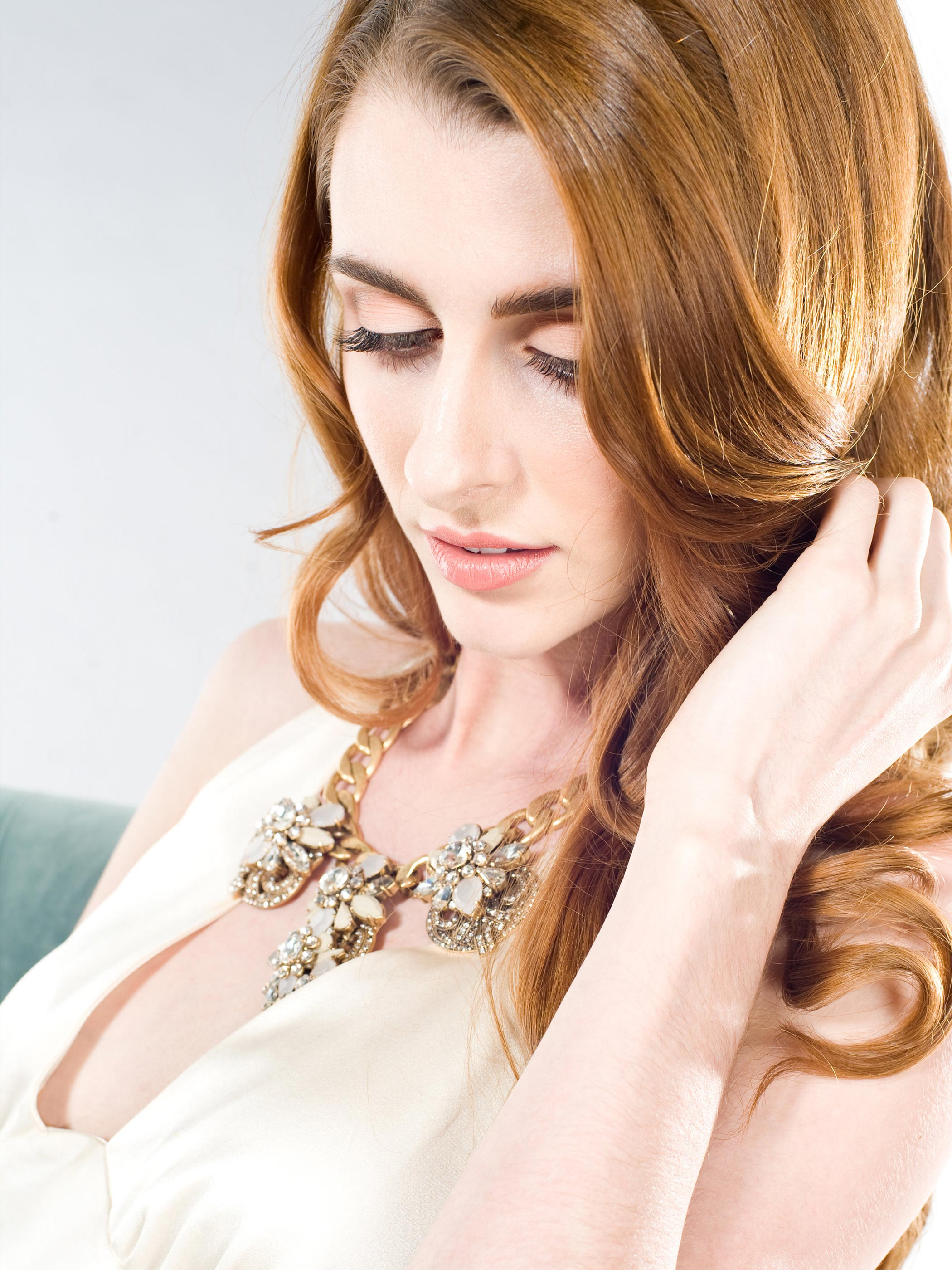 Redhead-20s-Bride